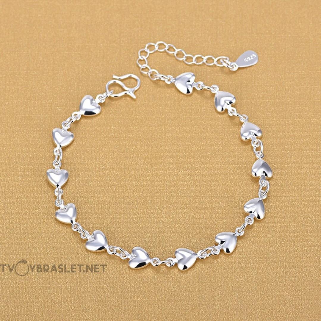 Браслет серебряный женский с сердечками SLV109